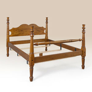 King Size Early American Style Bed Tiger Maple Wood Bedroom Furniture