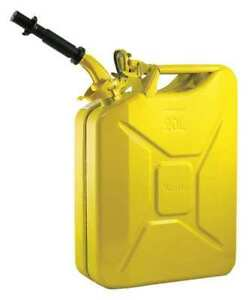 Wavian 2238c Gas Can 5 Gal yellow include Spout