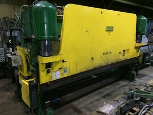 Pacific Model 400 16 Hydraulic Power Press Brake