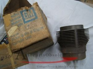 1961 63 Chevrolet Corvair Cylinder W Piston 3838077