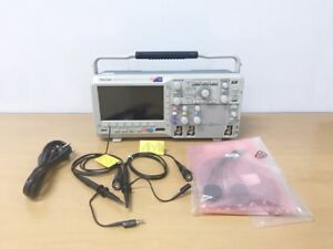 Tektronix Mso2012 100mhz 1gs s 2ch 16ch Oscilloscope With P6316 P2220 Probe
