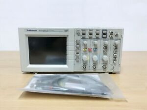 Tektronix Tds2012 100mhz 1gs s 2ch Oscilloscope With P6100 Probes