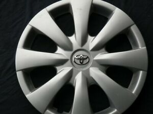 Hubcap Wheelcover Corolla 15 2009 2010 2011 2013 Priority Mail 4262102060 619