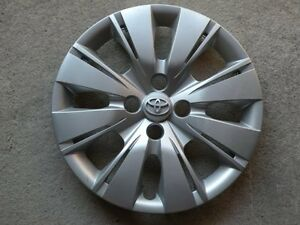 Hubcap Wheelcover Toyota Yaris 15 2012 2013 2014 Priority Mail 4260252520 819