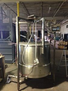 Stainless Steel Food Grade Tank W tronix Scale Approx 300 Gal Used Good Shape