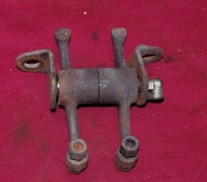 3 5 Hp International La Rocker Arms Bracket Pin Gas Engine Motor Op20 1 2