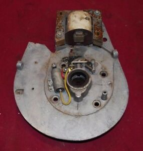 Briggs Stratton Model Wmb Pedal Coil Back Plate Gas Engine Motor 2