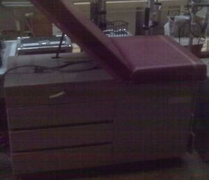 Ritter Midmark 104 Medical Exam Table With Ob gyn Stirrups Burgandy Guarentee