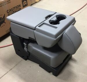 2017 Ford F 250 F 350 F 450 Sd Oem Gray 40 20 40 Vinyl Jump Seat Center Console
