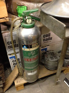 High Capacity Tall Fire Extinguisher Corp For Water Or Antifreeze r