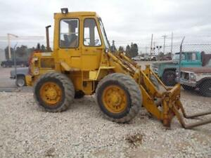 1973 Model Cat Caterpillar 910 Front End Wheel Pay Fork Lift Loader Material