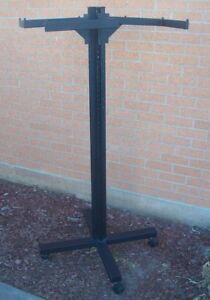 Store Display Fixtures Clothing Garment Rack On Rollers 12 Bars