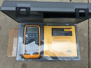 New Sealed Fluke 88 Automotive Multimeter With Accessories