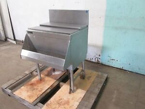 perlick Ts24ch8 Commercial nsf 8 Circuits Under Counter Cold Plate Ice Bin