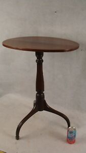 Antique 18c Carved Mahogany Spade Foot Spider Leg Candlestand Table