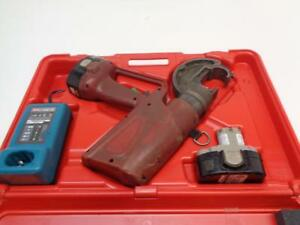 Rebuilt Burndy Hydraulic Crimper Battery Operated Wire Crimping Tool Pat750 xt