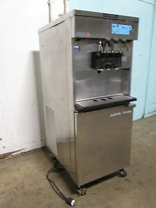 electro Freeze Commercial 2flavor twist Soft serve Ice Cream 1ph Water Cooled