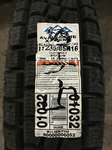 1 New Lt 235 85 16 Lre 10 Ply Hercules Avalanche X Treme Snow Tire