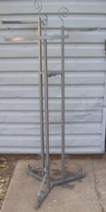 Store Display Fixtures Boutique Style 3 Arm Rod Clothing Garment Rack