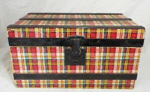 Small Antique Plaid Pattern Wood W Paper Overlay Doll Or Child S Steamer Trunk