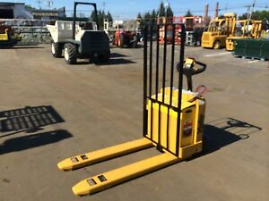 2004 Yale Forklift Electric 5000 Capacity Walk Behind Jack 2012 Battery