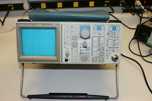 Tektronix 2710 9 0 Khz 1 8 Ghz Spectrum Analyzer Tested