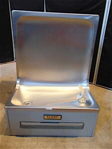 Elkay Ehfa8 1c Drinking Fountain With Flexi guard Good Clean Condition S3460