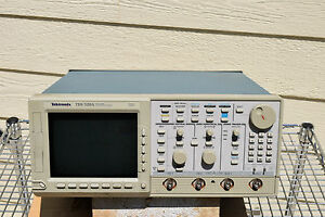 Tektronix Tds520a 2 chan 500mhz Digital Tek Oscilloscope Parts Not Working