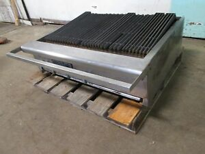 american Range H d Commercial Natural Gas 6 Burners 36 w Radiant Charbroiler
