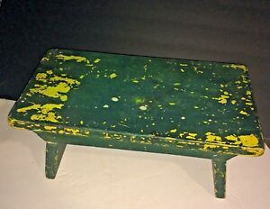 Old Rustic Primitive Foot Stool Cricket Chippy Green Paint Over Yellow Jd Color