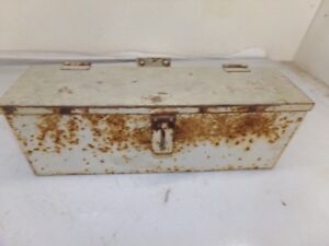 Oliver 1600 Tractor Tool Box