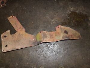 International Farmall Wd6 Diesel Tractor Left Side Fender Brace