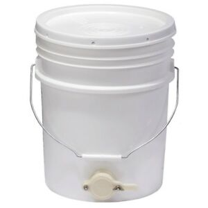 Bucket Beehive Feeders Syrup Refill Storage Tight Honey Gate Lid Plastic 5 Gal