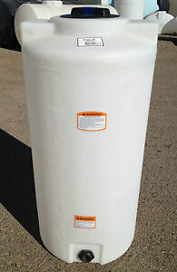 75 Gallon Vertical Poly Tank container Indoor Water Or Chemical Storage