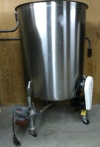 Chem Tek 226 Gallon 316 Stainless Steel Tank With Built In Mixer