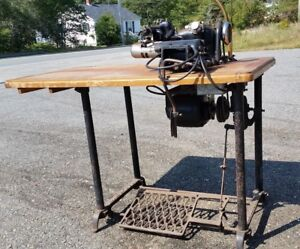 Antique 1937 Us Blind Stitch Model 118 Industrial Sewing Machine table Working