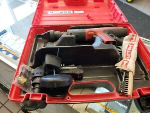 Hilti Dx 351 ct Powder Actuated Tool With Case Accessories