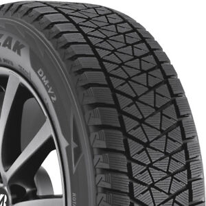 4 New 235 70 16 Bridgestone Blizzak Dm V2 Winter Tires 2357016