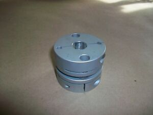 Flexible Motor Shaft Coupler 5 8 X 1 2