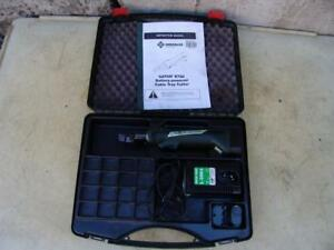 Greenlee Ets8 Battery Powered Cable Tray Cutter Works Well