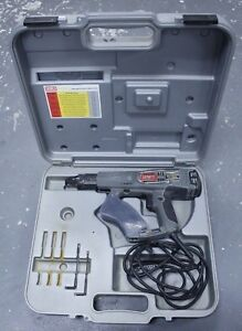 ma2 Senco Ds200 ac Corded 4 3 Amp Collated Screw Driver W Case Used