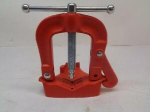 1 New Ridgid Bench Yoke Vise 1 8 4 3 100mm 40100 R50