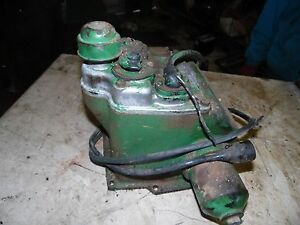 Oliver Super 77 Diesel Tractor Hydraulic Unit