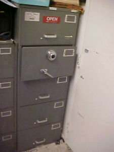 35 Off Mosler 5 drawer File Cabinet Safe Gsa Approved Security Container 600 Lb