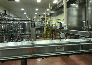 Sentry Stainless Airveyor Bottle Conveyor System With Blowers