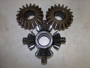 Ford 841 Power Master Spider Gear