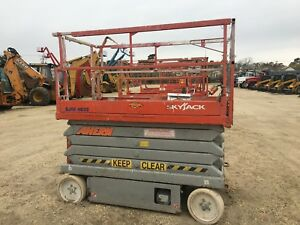 2005 Skyjack 4632 Scissor Lift 32 Deck Hgt 38 Work Hgt Extendable Deck 24v