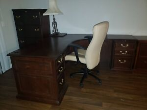 Wooden Executive Set Desk Credenza Dressers And 2 Tan Swivel Chairs