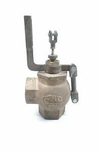 Keckley Angle Globe Valve 1 1 2in Npt