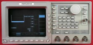 Tektronix Awg2040 Arbitrary Waveform Generator 1hz To 500 Mhz 1gs s 1ch